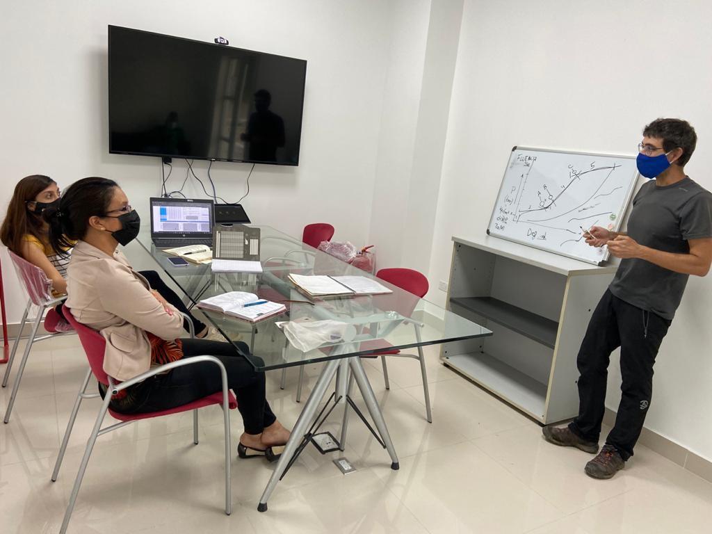 El personal de CEMOSA Panamá recibe formación sobre ensayos especiales in-situ: presiómetro o dilatómetro